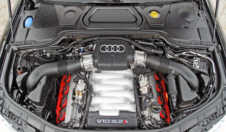 S8 Engine V10